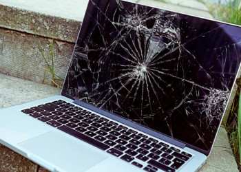 Smashed Macbook 1 780x521